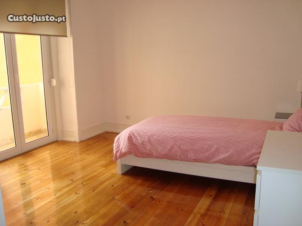 7948346776-quartos+estudantes+femininas+av+roma