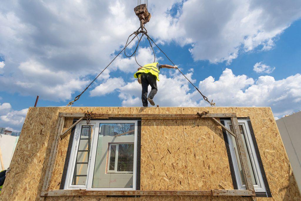 Construção de casa pré-fabricada ou casa modular
